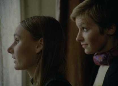 Symptoms (1974) - Angela Pleasence, Lorna Heilbron